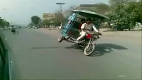 Chingchi Rickshaw rock's