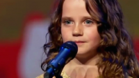 Mind Blowing Performance of Little Girl