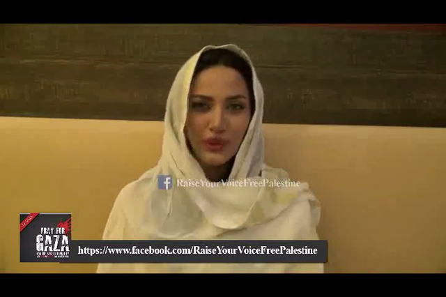 Mathira Showing Solidarity With Palestine Victims