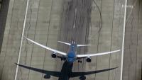 Boeing 787 Insane Steep Takeoff