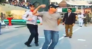 Australian Army's Cricket Team In Joyful Mood At Wagah Border