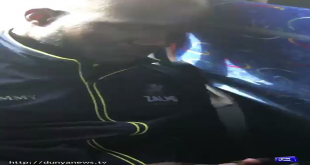 Wahab Riaz Teasing Darren Sammy In Bus Ride
