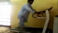 Check What Happen With This Man On Treadmill