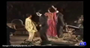 Rare Video Of Vinod Khanna With Imran Khan In Lahore