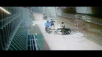 CCTV Footage Of Mobile Snatching