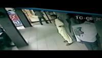 CCTV Footage Of Mobile Snatching In Karachi Haleem Shop