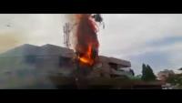 Electric Pole Burning Out & Car Catch Fire At PECHS Block 6 Karachi