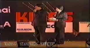 Best Comedy Clip Of Moin Akhtar & Kadar Khan