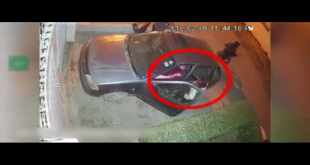 Check The Footage Of Robbery With Couple Outside House In Karachi
