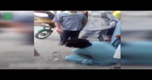 This Guy Brutally Beating Rickshaw Driver At Public Place