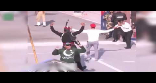 Hasan Ali's Signature Move During Flag-Lowering Ceremony At Wagah Border