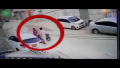 Robber Caught On Camera While Stealing Car Mirror In Karachi