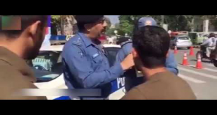 Traffic Officer Issued Ticket To Policeman For Not Wearing Helmet