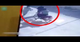 CCTV Footage Of Motorbike Snatching In Karachi