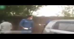 Traffic Officials Brutally Beat Up Citizen In Lahore