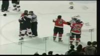 Unbelievable Ice Hockey Fight