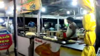 Amazing Paratha Throwing and Catching