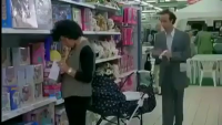 Very Smart Thief In The Store