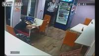 Kiya Koi Aesay Bhi Sota Hai Kaam Per