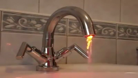 Glowing Tap Water - Really Amazing