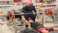When Your Gym Partner Make Selfie
