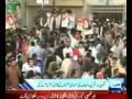 Angry Imran Khan Jump from Stage