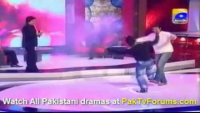 ABDUL RAZAQ and IMRAN NAZIR and ALEEM DAAR dancing