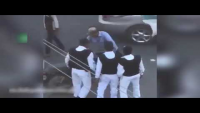 Karachi Traffic Police Officials Brutally Beat Up A Citizen On Road