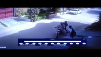 Thief Snatching Bag In Gulistan e Johar Block 13