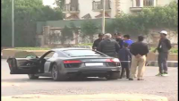 Driver Got Angry When Police Stopped Audi R8 Somewhere In Karachi