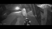 CCTV Footage Of Snatching Infront Of Door-Step At Shadman Town, Karachi