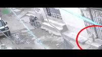 CCTV Footage Of Swift Stealing Of Motorcycle In Karachi