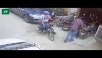 Street Snatchers Deprive Karachiite Of Valuables In Gulshan e Shamim