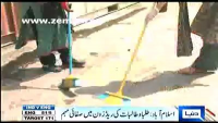 Students clean red-zone, deliver a positive image after the protest on friday